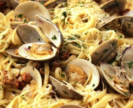 Linguini-With-Clam-Sauce